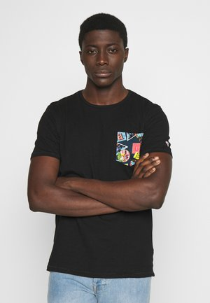 POCKET TEE - Camiseta estampada - black