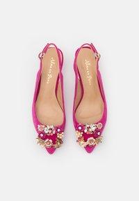 Alma en Pena - Classic heels - fuxia - 5