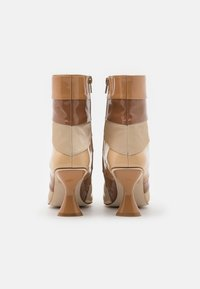 Jeffrey Campbell - LAYOVER - Classic ankle boots - nude/multicolor - 3