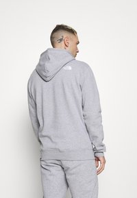 The North Face - GRAPHIC HOOD - Sweat à capuche - light grey heather - 2