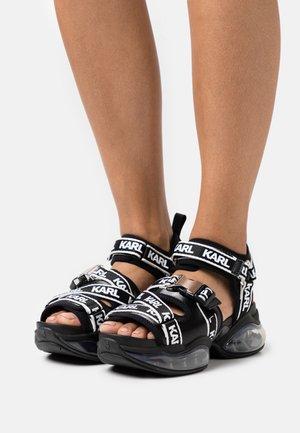 ORBITAL RUN  - Sandały na platformie - black