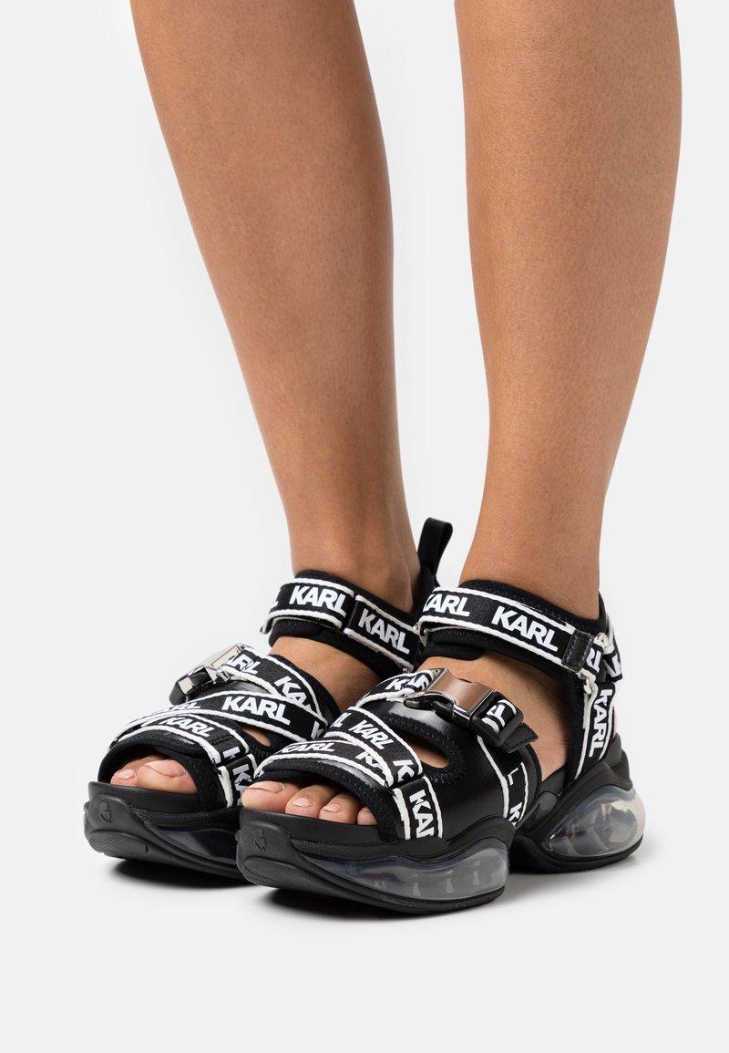 KARL LAGERFELD - ORBITAL RUN  - Sandały na platformie - black