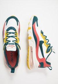 Nike Sportswear - AIR MAX 270 REACT - Tenisky - summit white/midnight turqoise/pueblo red/saffron quartz/white/black - 1