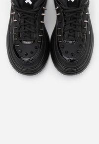 Koi Footwear - VEGAN BANE - Sneakers basse - black - 5