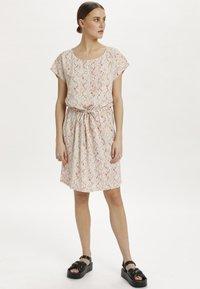 Soaked in Luxury - SL LAVADA - Sukienka letnia - whisper white splash print - 1