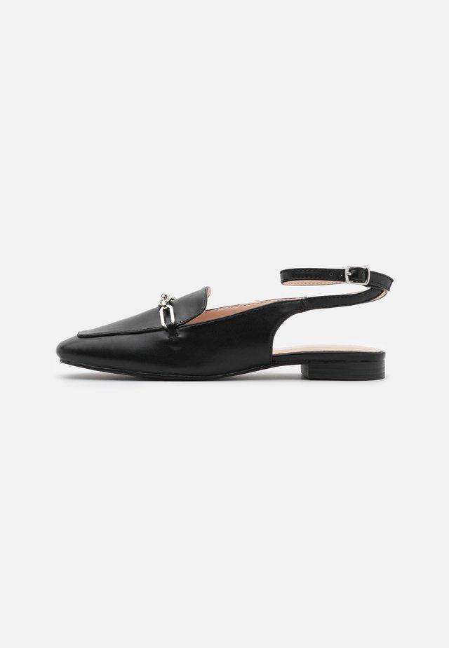 LUNA - Scarpe senza lacci - black