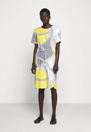 Denní šaty - gelb