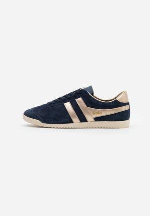 BULLET SAVANNA - Sneakers basse - navy/gold