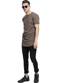 Urban Classics - SHAPED LONG TEE DO NOT USE - T-shirt - bas - army green - 0