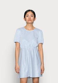 VILA PETITE - VIMILAC O-NECK DRESS - Day dress - cashmere blue/cloud dancer - 0