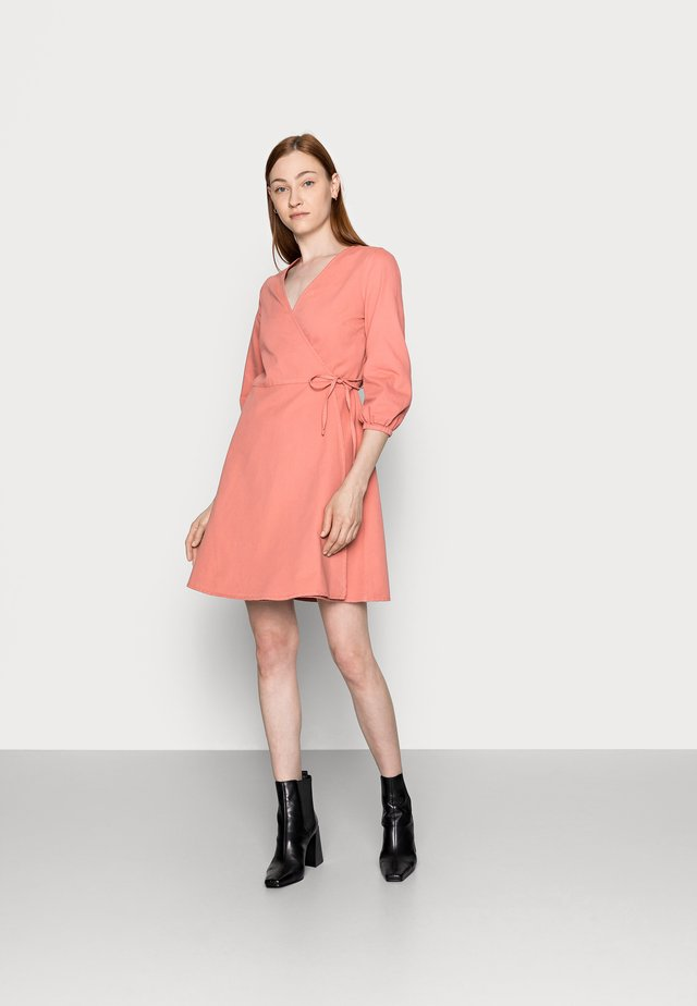 VMHENNA WRAP SHORT DRESS - Denim dress - old rose