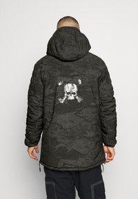 Oakley - CRUISER JACKET - Snowboard jacket - green - 2
