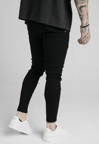 SIKSILK - DISTRESSED PRESTIGE SKINNY  - Skinny džíny - black - 4