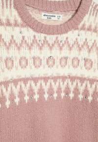 Abercrombie & Fitch - CABLE SHINE LAYER - Svetr - pink fair isle - 4