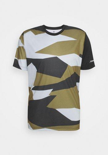 TERREX GRAPHIC - Print T-shirt - white/wild moss