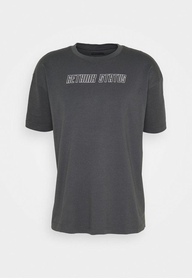 UNISEX - T-shirts med print - iron