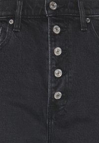 Abercrombie & Fitch - CURVE KICK FLARE WITH BUTTON DETAIL - Flared Jeans - black - 2