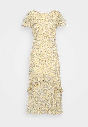 JOSEPHINE FLUTTER SLEEVE DRESS - Vapaa-ajan mekko - yellow