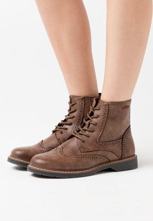 BOOTS - Lace-up ankle boots - brown