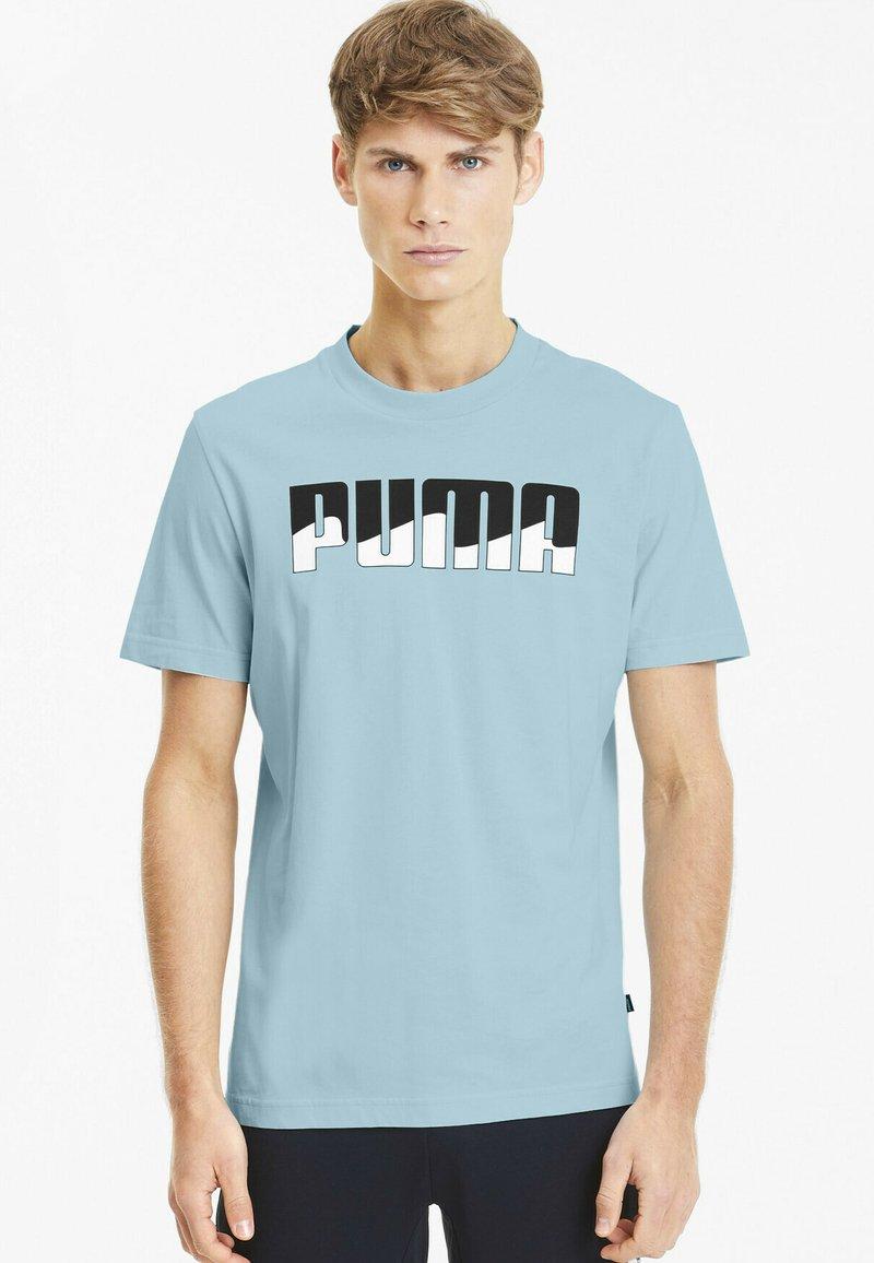 Puma - REBEL BOLD  - T-shirt imprimé - aquamarine