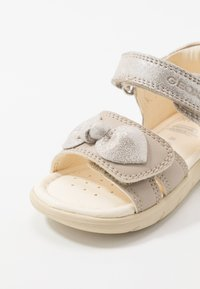 Geox - ALUL GIRL - Sandals - beige - 2