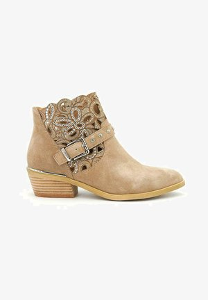 BORA - Classic ankle boots - sand