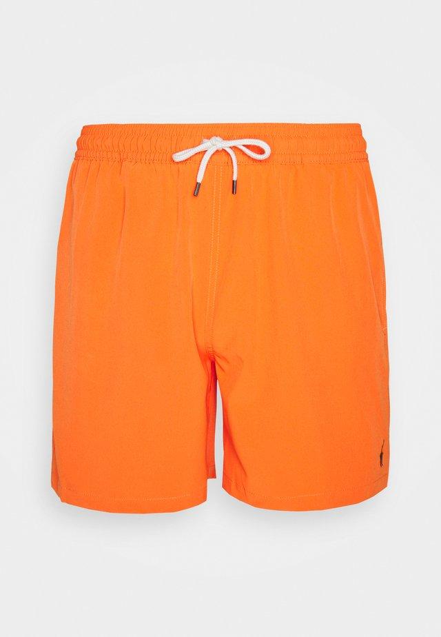 TRAVELER SWIM - Swimming shorts - saling orange