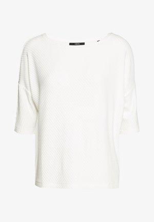 KERENA - T-shirt print - milk
