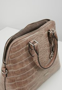 L. CREDI - FEODORA - Handbag - taupe - 4