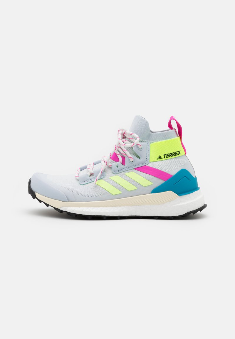 adidas Performance - TERREX FREE HIKER PRIMEBLUE  - Outdoorschoenen - halo blue/hi-res yellow/screaming pink