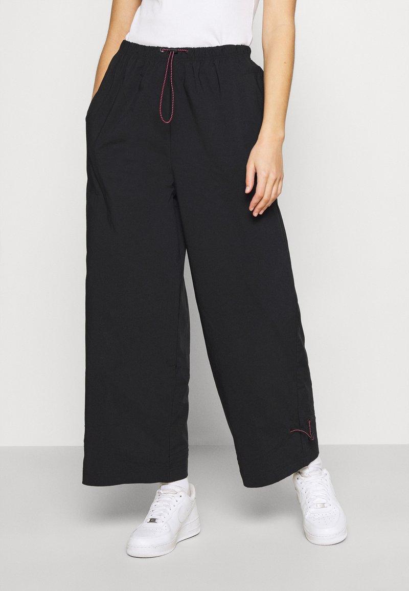 Nike Sportswear - PANT - Trainingsbroek - black