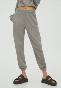 PULL&BEAR - Tracksuit bottoms - grey - 0