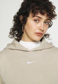 Nike Sportswear - HOODIE  - Sudadera - beige - 5