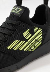 EA7 Emporio Armani - SIMPLE RACER  - Sneakers - black/neon - 5