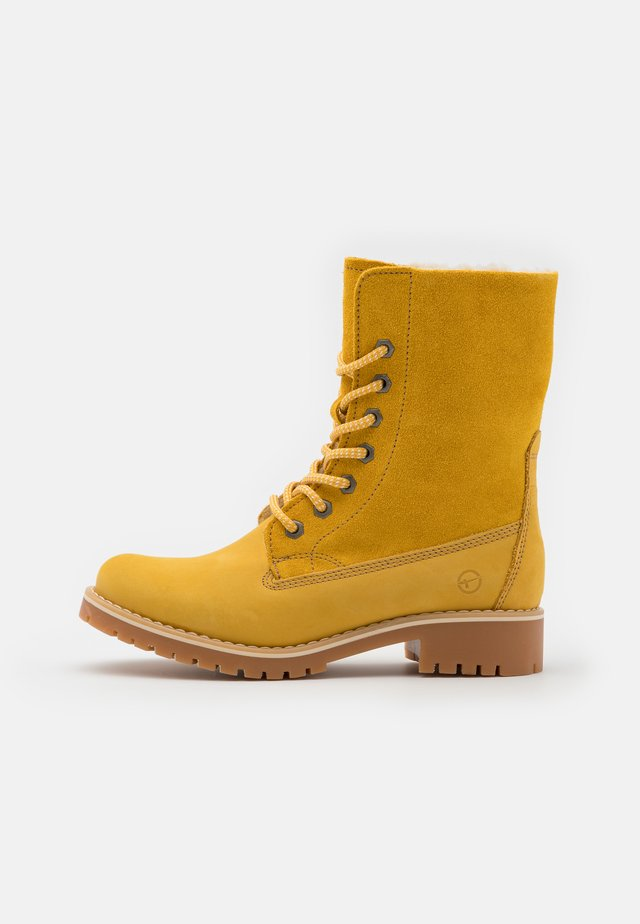 Winter boots - saffron