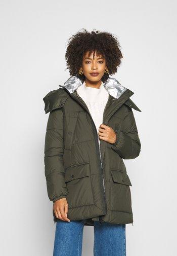 Płaszcz zimowy - khaki/oliv