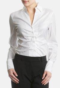 RENÉ LEZARD - Button-down blouse - white - 1