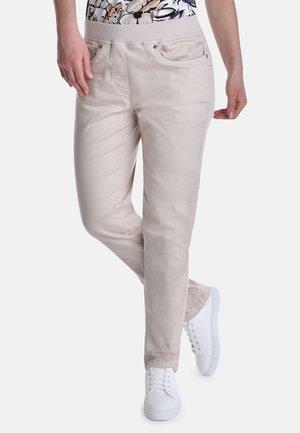 PEYOTE - Slim fit jeans - beige