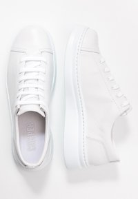 Camper - RUNNER UP - Sneakers laag - white natural - 3