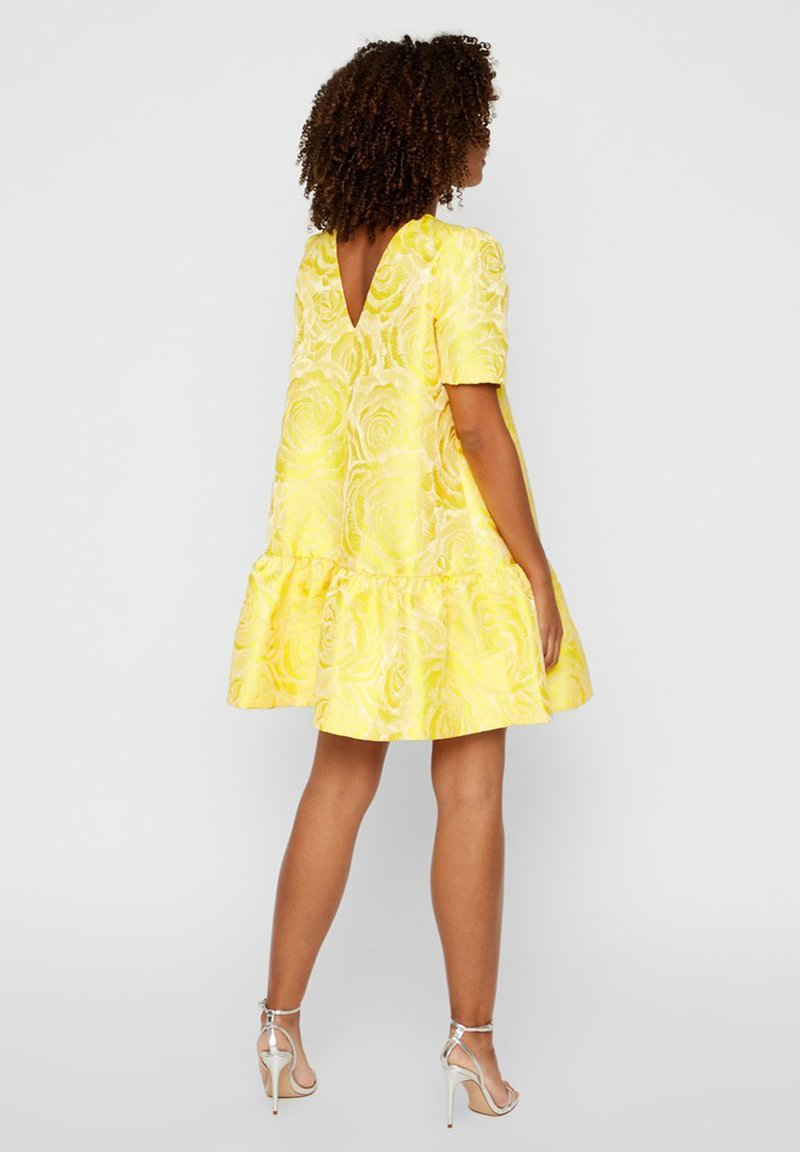 YAS YASMINNIE - Freizeitkleid - vibrant yellow/gelb 5uTsbA