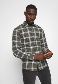 Only & Sons - ONSBOBBY WASHED CHECK - Skjorta - deep depths - 3
