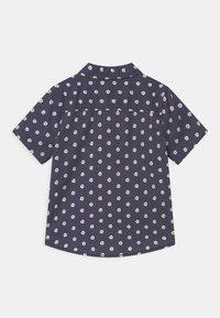 Cotton On - RESORT SHORT SLEEVE - Camisa - ditsy/vintage navy - 1