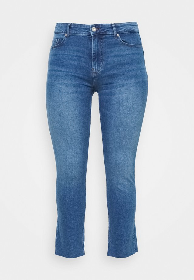 PCLUNA STRAIGHT - Straight leg jeans - medium blue denim