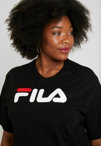 Fila Plus - PURE SHORT SLEEVE - T-shirt con stampa - black - 3