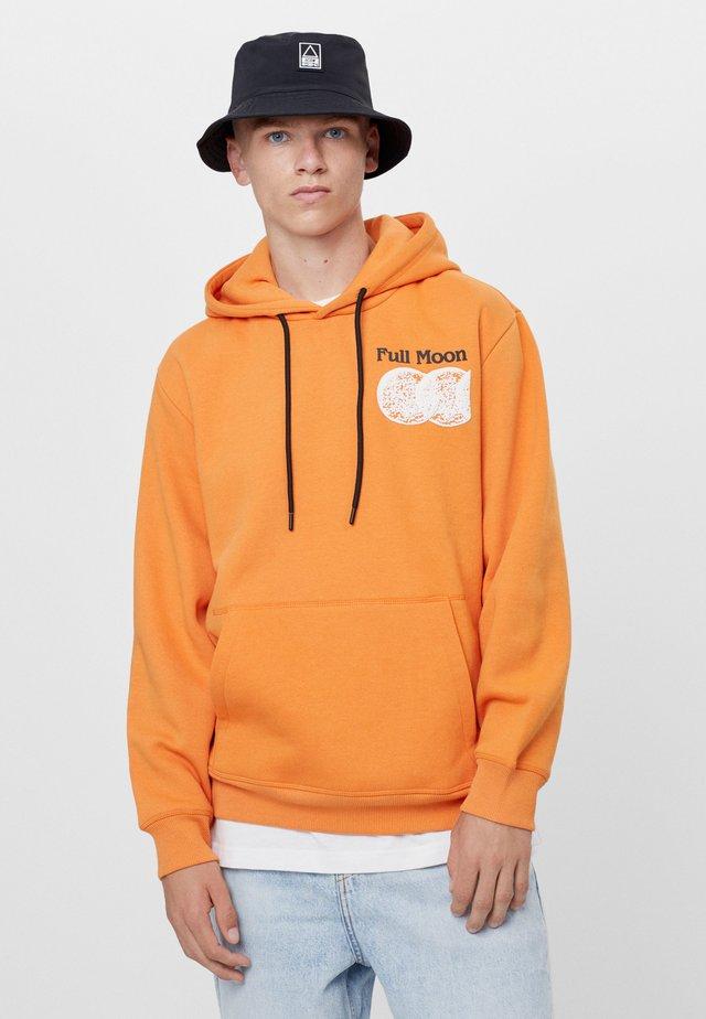 Felpa con cappuccio - orange