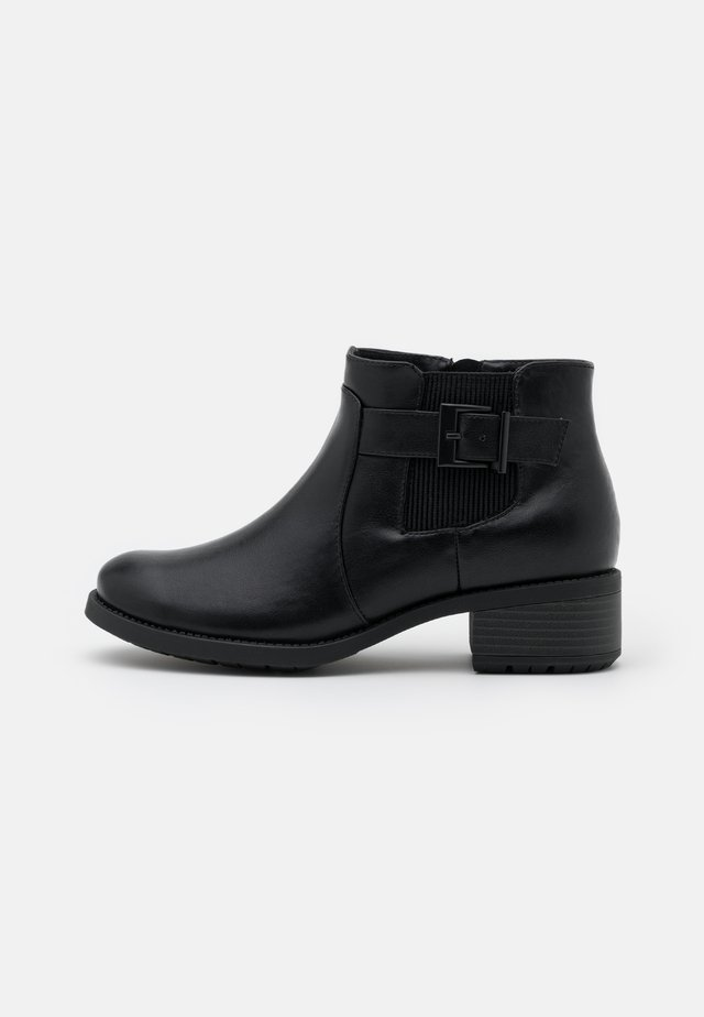 WIDE FIT ELASTIC BUCKLE - Botines bajos - black