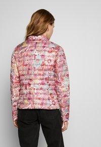 Barbara Lebek - Light jacket - paisley coral - 2
