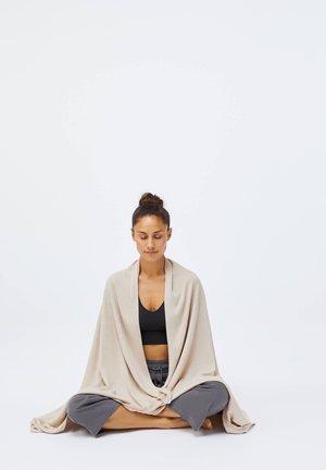 Equipement de fitness et yoga - beige