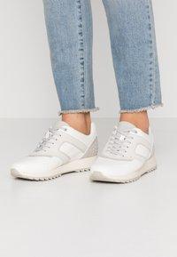 PARFOIS - Sneakers laag - white - 0