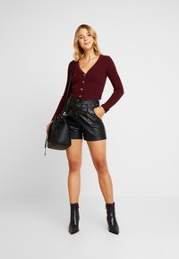 Nly by Nelly - CROPPED CARDIGAN - Chaqueta de punto - wine - 1